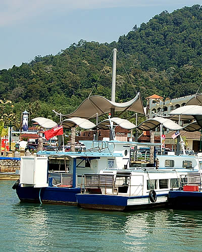 Lumut Travel Guide