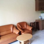 (H2S) Executive Apartment 2 Single Bed - Living Room & Pantry