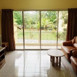 (H2S) Executive Apartment 2 Single Bed - Living Room with TV and Balcony View