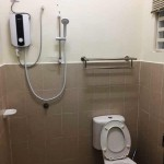 ( TB132 ) 4 Bedrooms Seaview House Tiara Bay 132 - Toilet